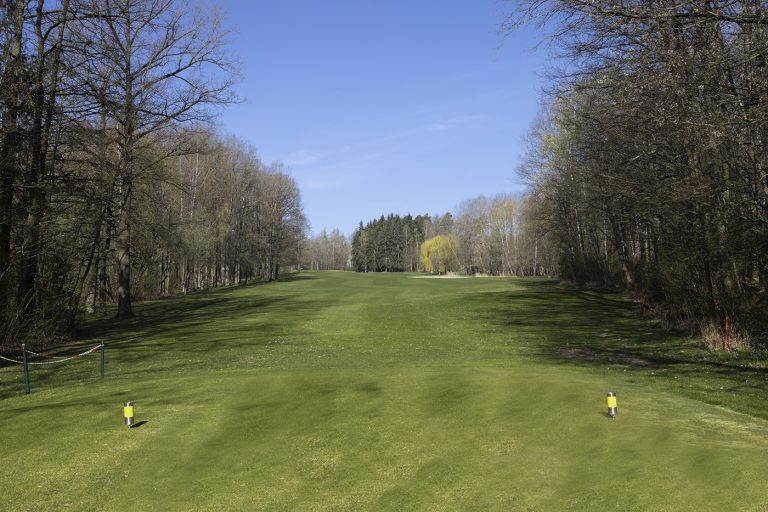 GCO_Golfplatz_Loch2_4